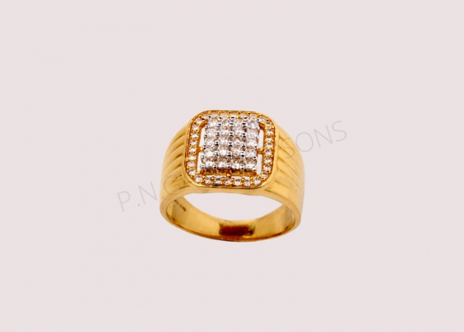 5343a2f30d739 Exclusive Jewellery Designs for Men - P N Gadgil and Sons