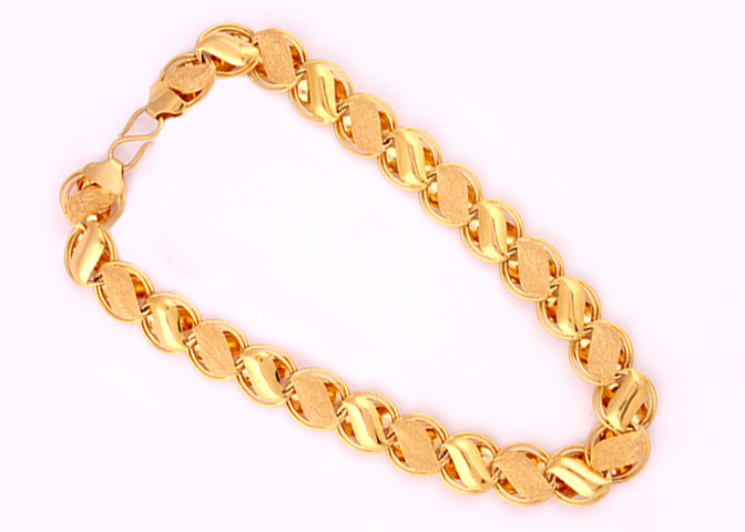 9bb3b492be0 Gold chain designs for men and women buy online